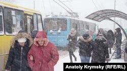 Снег в Симферополе, иллюстрационное фото