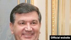 Шавкат Мирзиёев ҳисоботи Вазирлар маҳкамасида ҳам таҳлил қилинди.