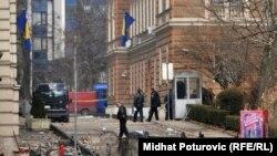 Pamje e sotme në Sarajevë pas protestave të dhunshme triditëshe