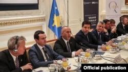 """Prishtinë: Konferenca """"Skenarët e 'Finales së Madhe' ndërmjet Kosovës dhe Serbisë"""""""