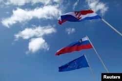'U Jugoslaviji je bilo takvo stanje da su samo Slovenci i Hrvati išli u korak sa evropskim zbivanjima. I to je bila šteta.'