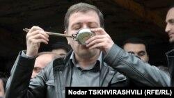 Генпрокурор считает логичным, чтобы следствием был допрошен человек, который принимал решения – тбилисский мэр Гиги Угулава