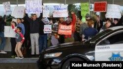 Протест проти імміграційних обмежень у США, аеропорт Джона Кеннеді, Нью-Йорк, 28 січня 2017 року
