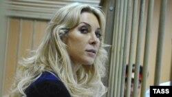Елена Тищенко сот залында. Мәскеу, 3 қыркүйек 2013 жыл.