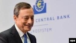 Шефот на Европската централна банка, Марио Драги.