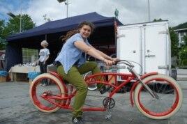 """Иоанна Чиховска делает """"велосипеды мечты"""". Заказчики могут нарисовать свой велосипед."""
