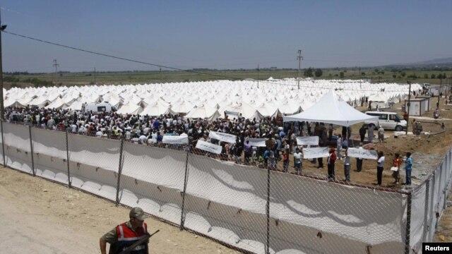 Страны ЕС договорились выделить Турции 3 млрд евро на беженцев - Цензор.НЕТ 7256