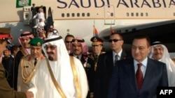 Король Абдалла (слева) и Хосни Мубарак, Шарм Эль-Шейх, 9 апреля 2008