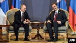 Александр Вучич и Владимир Путин на встрече в Белграде. Октябрь 2014 года