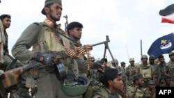 سازمان های طرفدار حقوق بشر ارتش سریلانکا را به کشتار غیرنظامیان در جریان آخرین مرحله از نبردها با چریک های تامیل متهم می کنند.