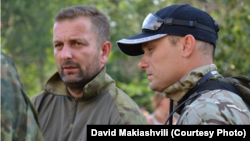 Давид Макишвили (слева), бывший командир группы разведки 4-й бригады вооруженных сил Грузии