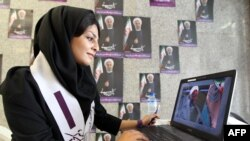 هواداران رای دادن به حسن روحانی به طور گستردهای از اینترنت برای تبلیغ نظر خود استفاده کردند؛ هرچند اینترنت در ایران با فیلترینگ وسیعی روبهروست