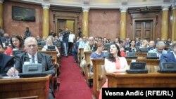 U Parlamentu (na fotografiji) se dozvoljava da neka loša zakonska rešenja prođu