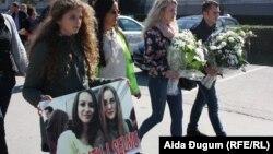 Studenti su odali poštu u znak sjećanja na svoje koleginice Selmu Agić and Editu Malkoč