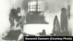 Камера женской тюрьмы для ЧСИР. Томск, 1930-е годы