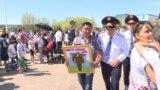 Без Интернета, с задержаниями. Казахстан отметил 9 Мая