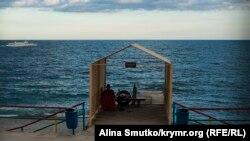 Иллюстрационное фото: берег в Ялте