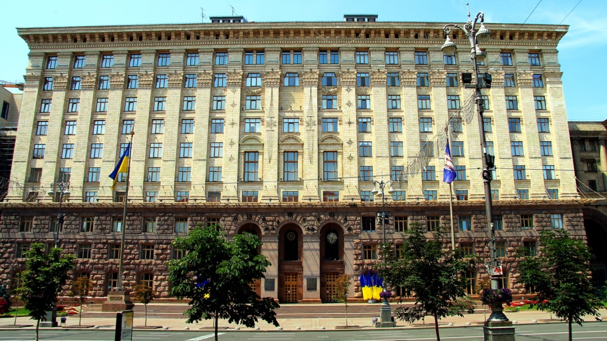 КГГА расторгла договор на покупку камер для измерения температуры за 65 млн гривен