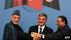 Президенты Афганистана, Турции и Пакистана на встрече в Стамбуле