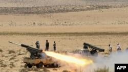Либиядә гыйсъянчылар ракеталары