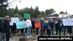 Sa protesta protiv gradnje u Miločeru