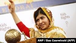 Малала Јусуфари.