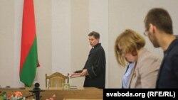 Падчас суду, на якім Антону Матольку адмовілі ў задавальненьні пазову да Белтэлерадыёкампаніі. Менск, 1 верасьня 2016 году