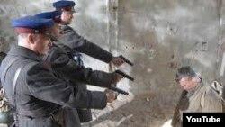 В 1937-1938 годы были расстреляны несколько сотен представителей узбекской интеллигенции.