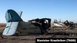 ВПП международного аэропорта «Луганск», разрушенного в 2014 году