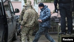 Esir alınğan Ukraina deñizcilerinden biri, Aqmescit, 2018 senesi noyabrniñ 27-si