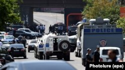 Захваченная штаб-квартира полиции в Ереване