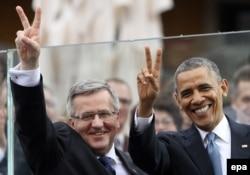Броніслав Коморовський і Барак Обама на зустрічі у Варшаві