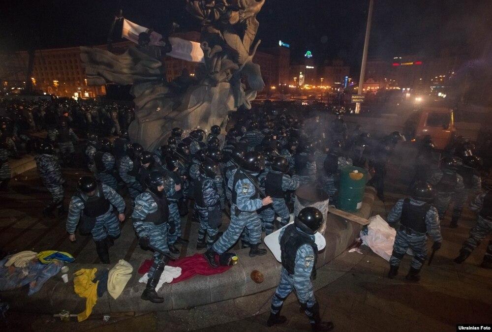 Суд оправдал подозреваемых в кровавом разгоне Майдана