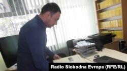 """Марјан Петковски, директор на библиотеката """"Тане Георгиевски"""" во Куманово."""