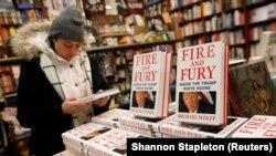 تاکنون میلیونها جلد از کتاب «آتشوخشم» به قلم مایکل وولف به فروش رفته است.