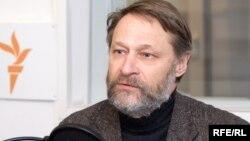 Дмитрий Орешкин