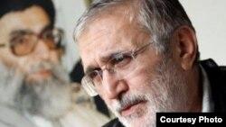 منصور ارضی، مداح صاحبنام بیت رهبری.