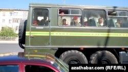 Солдаты, Туркменистан (архивное фото)