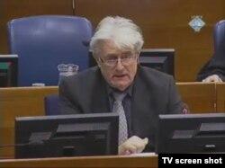 Radovan Karadžić u sudnici 9.veljače 2012.