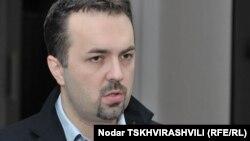 Грузияның қорғаныс министрі Дмитрий Шашкин. Тбилиси, 5 қазан 2010 жыл.