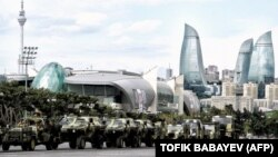 Военный парад в Баку, 21 июня 2013 г.