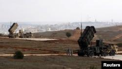 Системы ПВО Patriot близ турецко-сирийской границы. Иллюстративное фото.