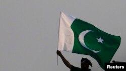 ښاغلی نظري وايي، پاکستان لا هم د افغانستان پر وړاندې خپله پخوانۍ پالېسي کاروي.