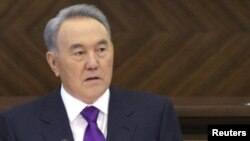 Претседателот на Казахстан, Нурсултан Назарбаев