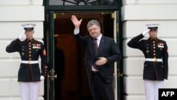 Президент України Петро Порошенко прибув на робочий обід до Білого дому. Вашингтон, 31 березня 2016 року