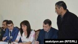 Şahbaz Quliyev (sağda) və Dilqəm Əsgərovun (solda) Xankəndində «məhkəməsi»