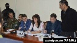 Լեռնային Ղարաբաղ - Շահբազ Գուլիևն ու Դիլհամ Ասկերովը դատարանում, Ստեփանակերտ, 27-ը հոկտեմբերի, 2014թ.