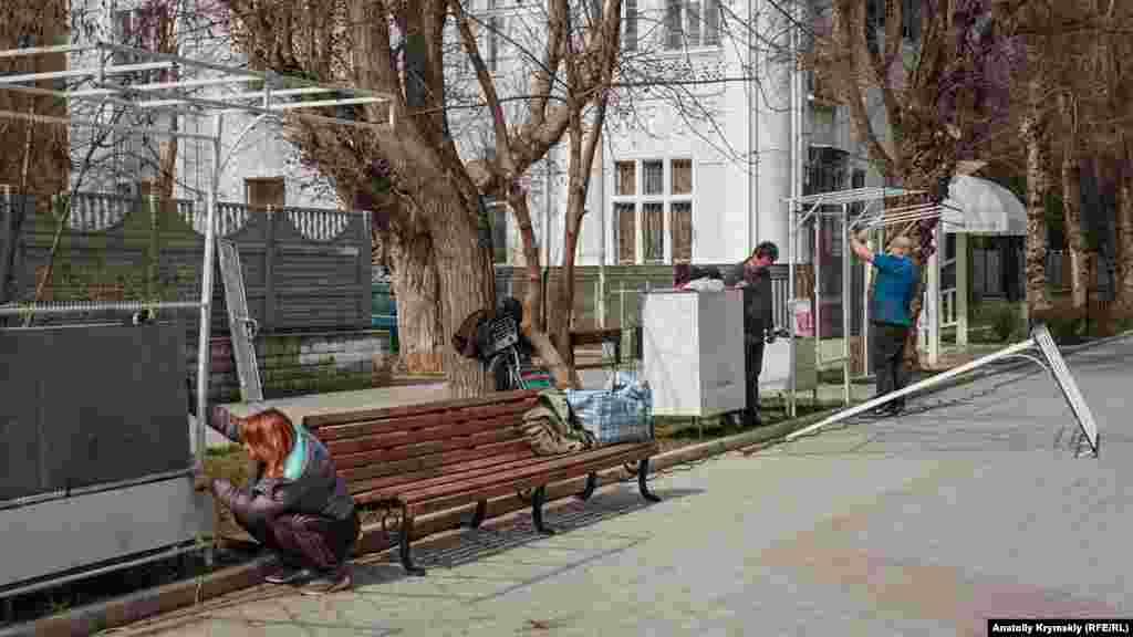 На вулиці Дувановській