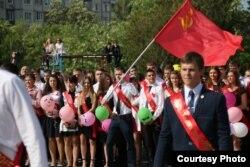 Випускники школи в Сімферополі, 22 травня 2015 року