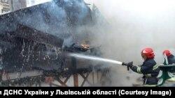 Пожежа у Львові через вибух газового балона. 22 грудня 2018 року